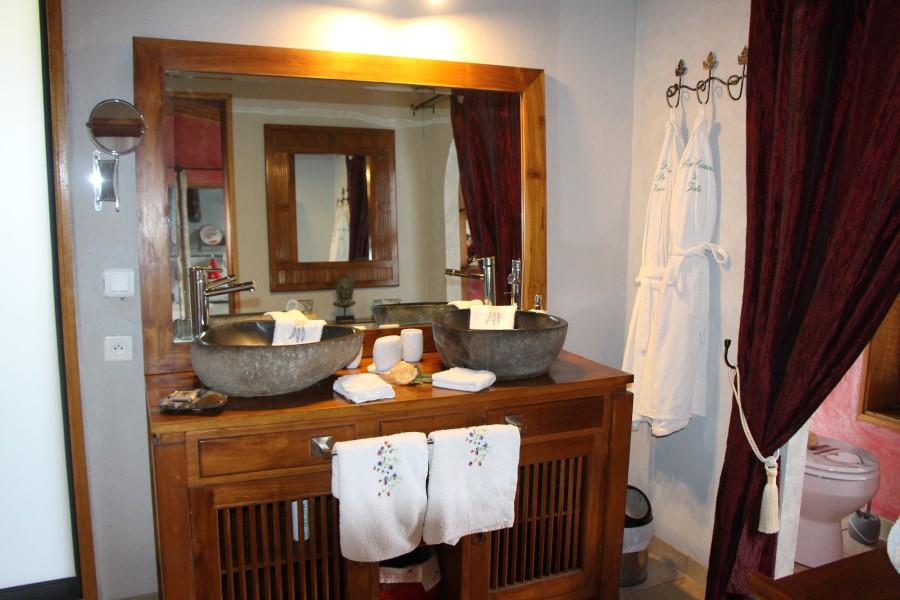 salle d'eau 2 vasques lodge le palissandre
