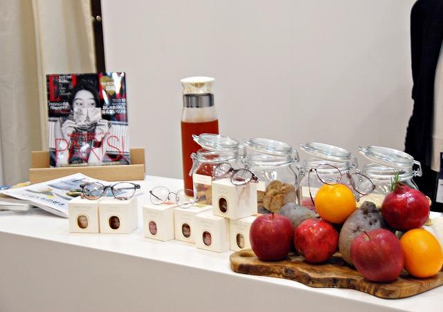 ELLEcafeをイメージした展示会会場のELLEブース