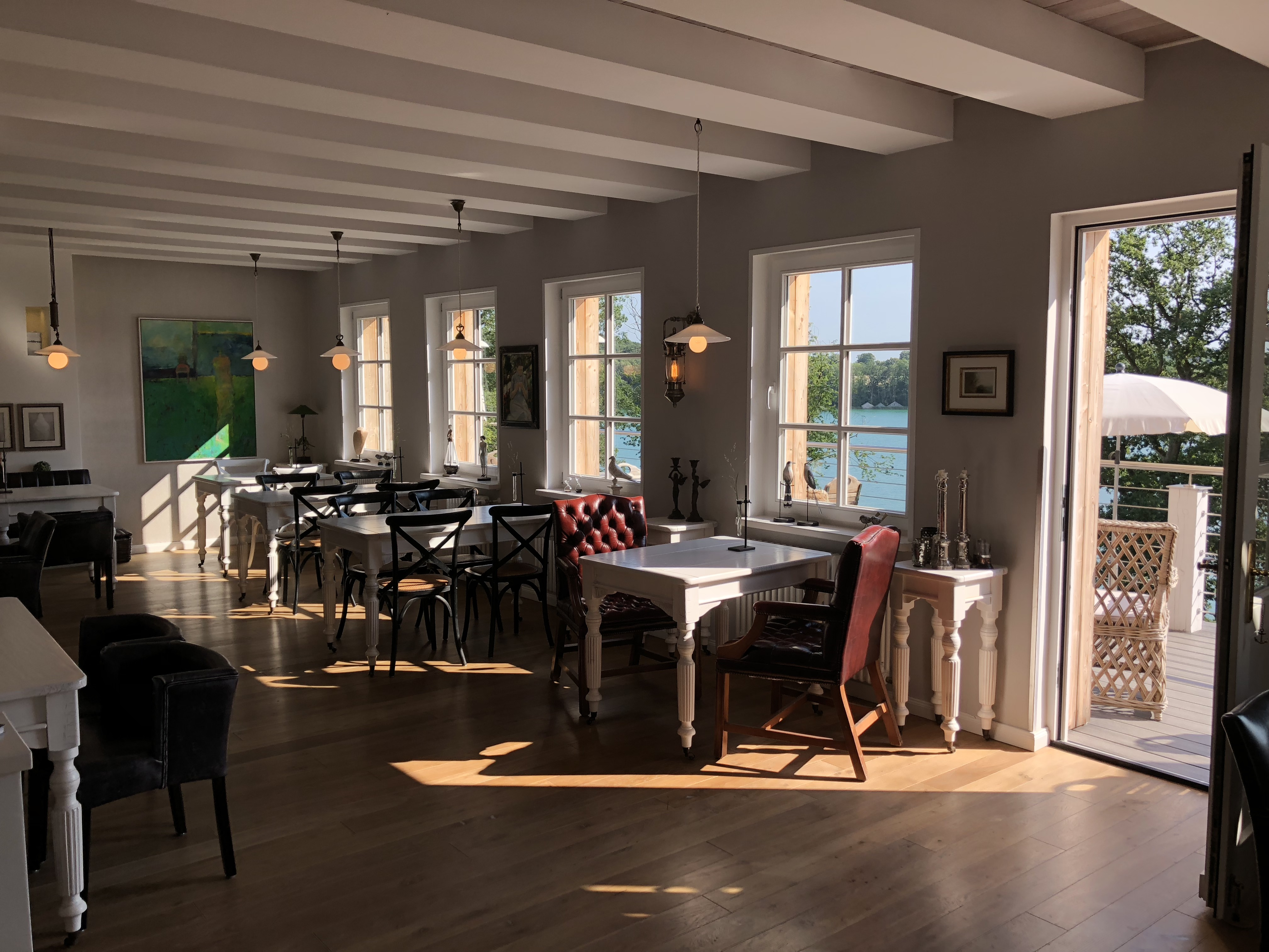 restaurant refugium in feldberg zimmer mit seeblick. Black Bedroom Furniture Sets. Home Design Ideas