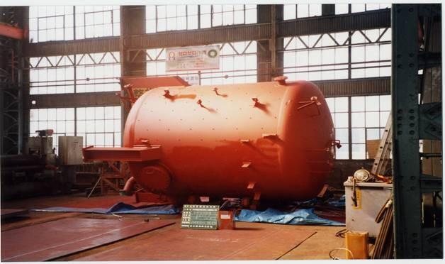 高温水タンク
