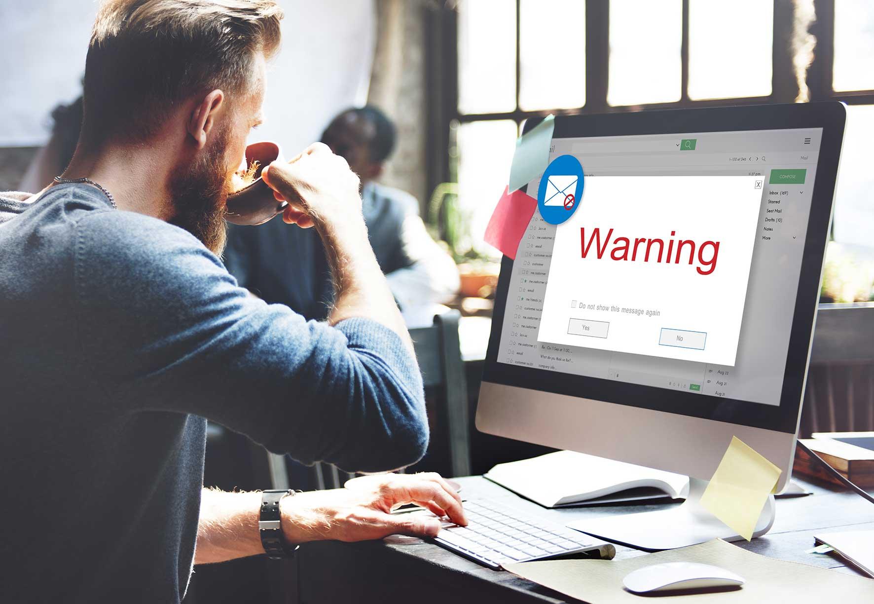 Smishing! Vorsicht, Phishing-SMS können jeden treffen!
