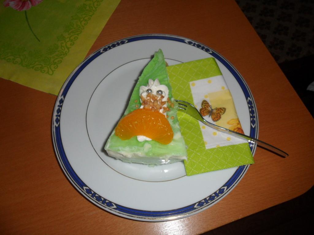 Ghost-Waldmeister-Torte zum Kindergeburtstag