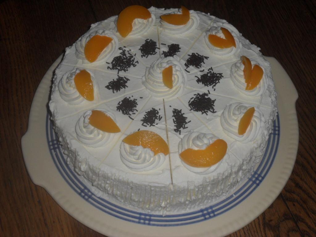 Quark-Sahne-Torte mit Apfelsinen