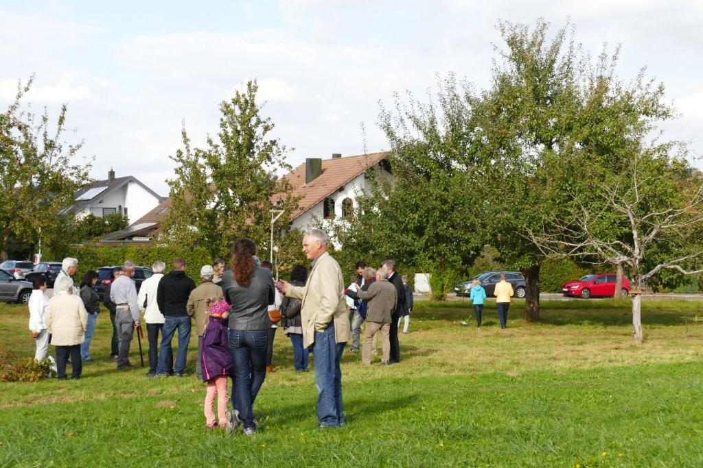 Unglaublich, die Oktobersonne, die Wolkenlücken, unsere Wiese und unser tolles Programm lockten sehr viele Besucher zu unserem Fest.
