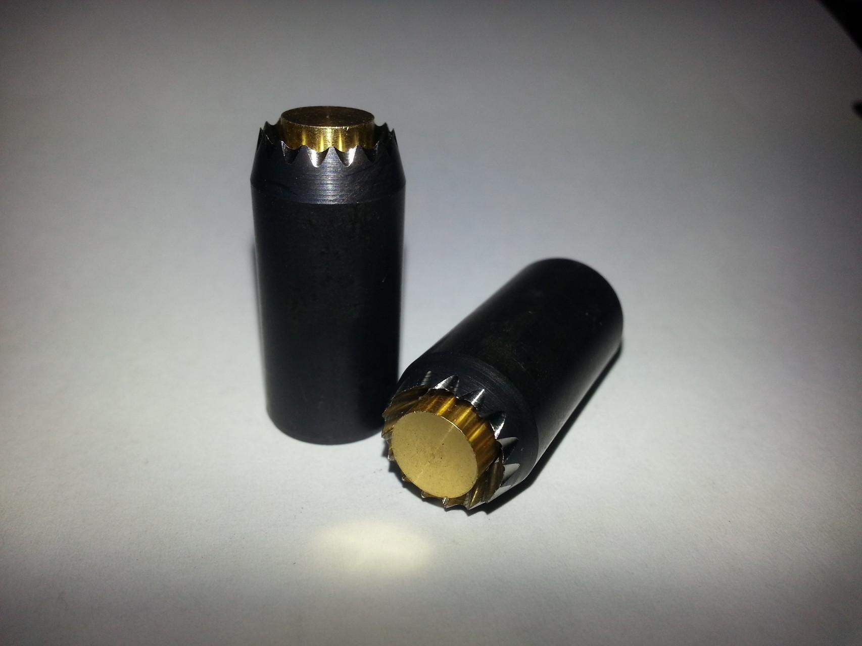 Typ 1.1 Rundlochstanzen mit Federauswerfer gezahnt