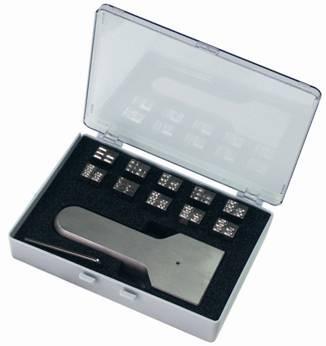 Typenhalter mit Zahlensatz und Setzkasten
