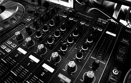 Erdre Audio : Casque audio à écouteurs intra-auriculaires ergonomiques EA B201B