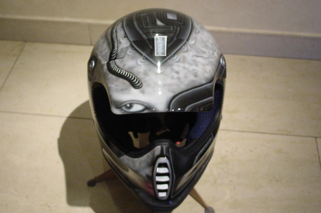 Airbrush Helm 14