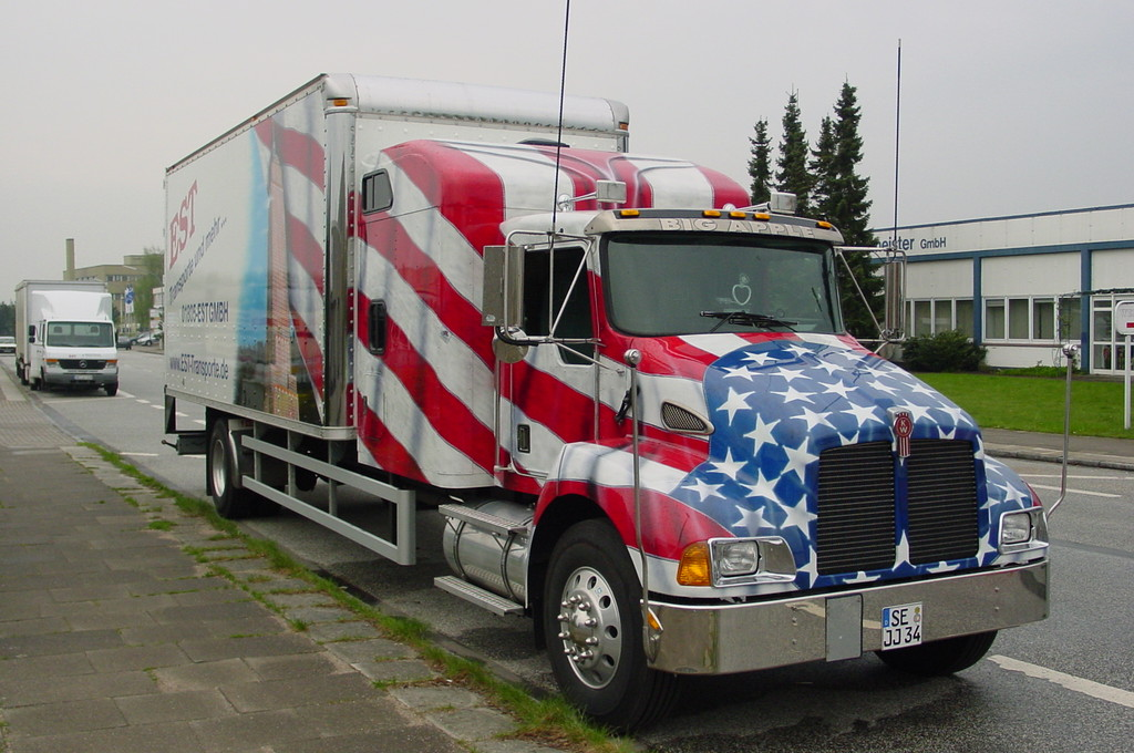 "Airbrush Truck ""Big Apple"""