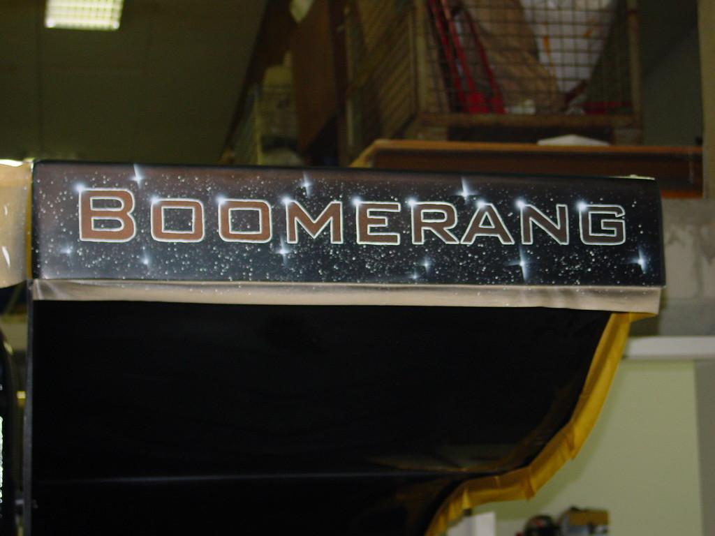 """Airbrush Traktor """"Boomerang"""" Detail"""