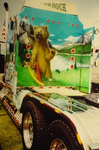 "Airbrush Truck ""The Rock"" Rückseite"