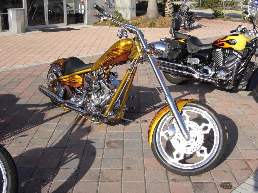 """Airbrush Motorrad """"Golden"""""""