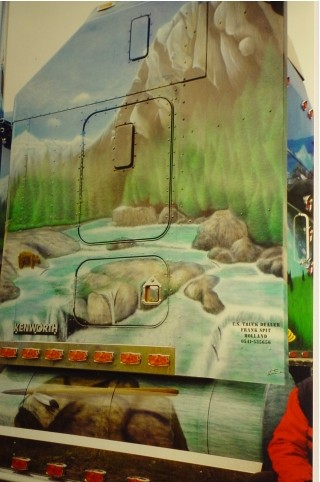 "Airbrush Truck ""The Rock"" Detail"