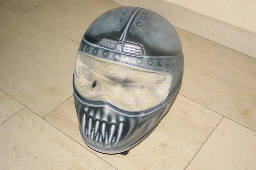 Airbrush Helm 15