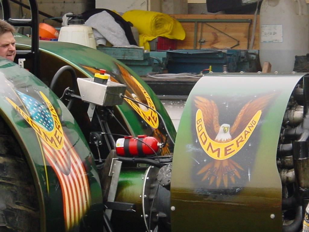 "Airbrush Traktor ""Boomerang"""