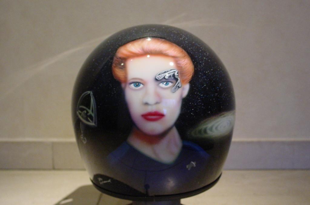 Airbrush Helm 16