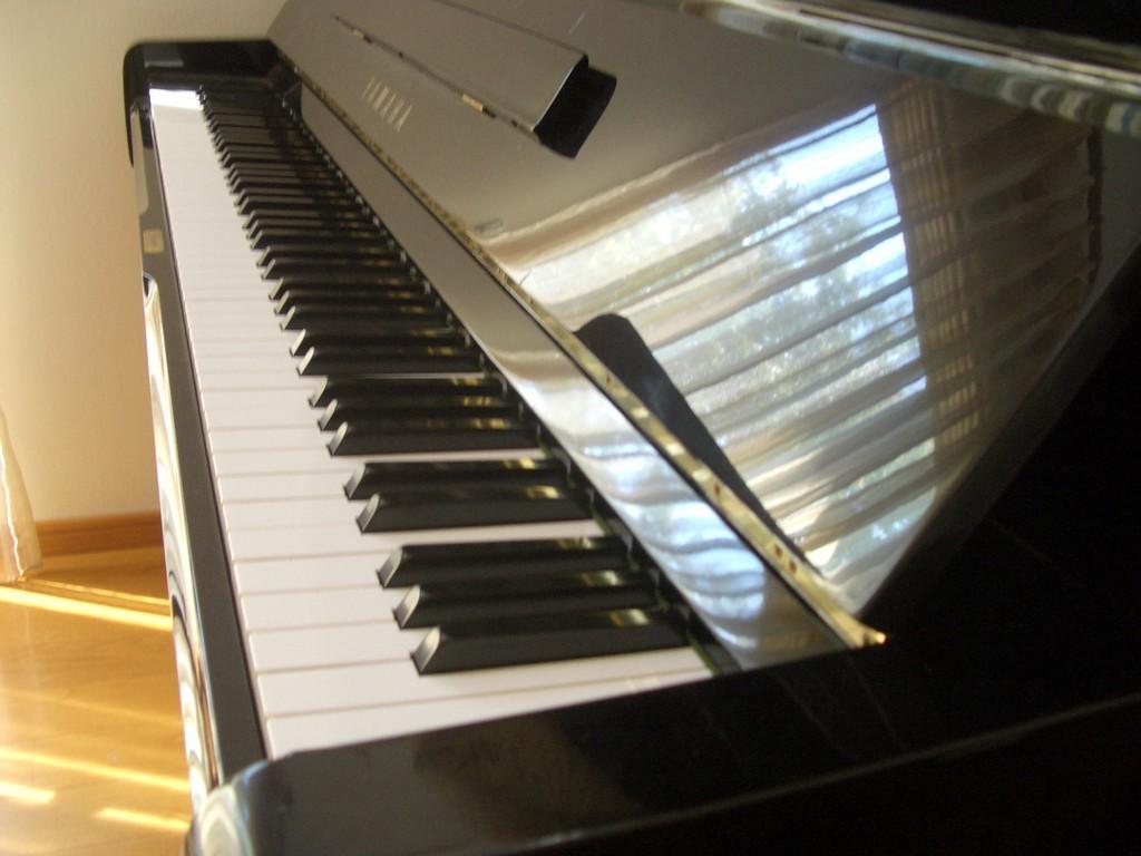 ピアノのやわらかい音色が入ると、BGMがグレードアップします。