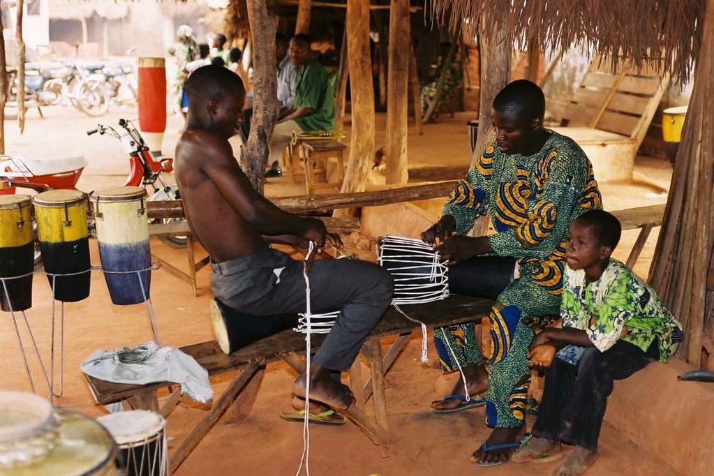 Monteurs de djembé - Adjara Bénin 2006