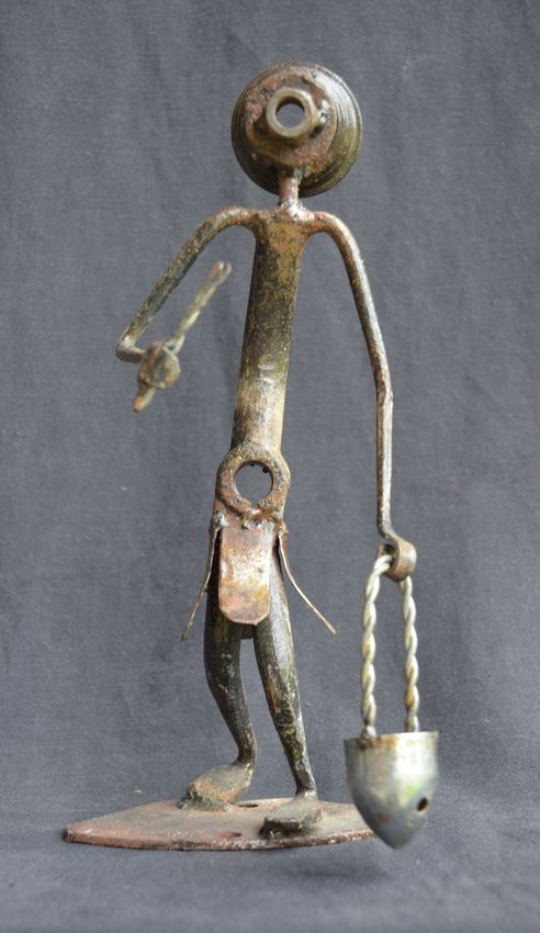 statue africaine en metal