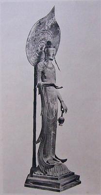百済観音像の脚は長いのに、なぜ日本の仏像はみな脚が短いのか