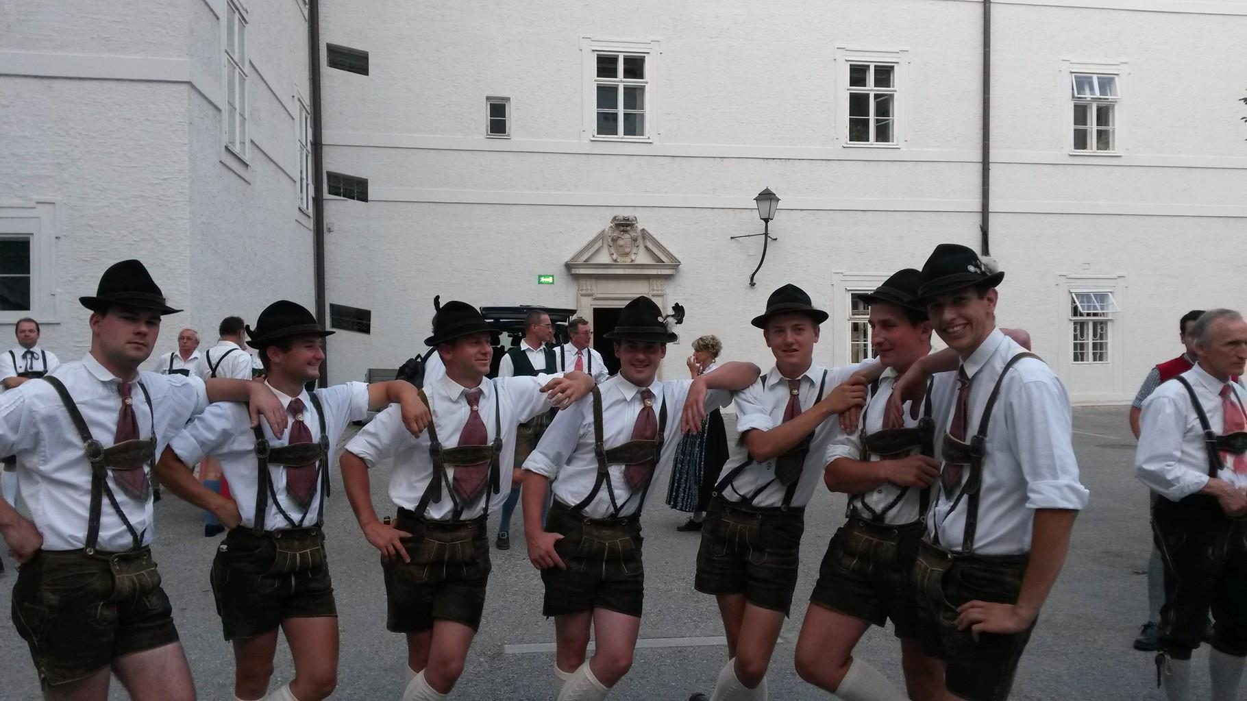 Eröffnung Festspiele 2013 - Großer Bandltanz