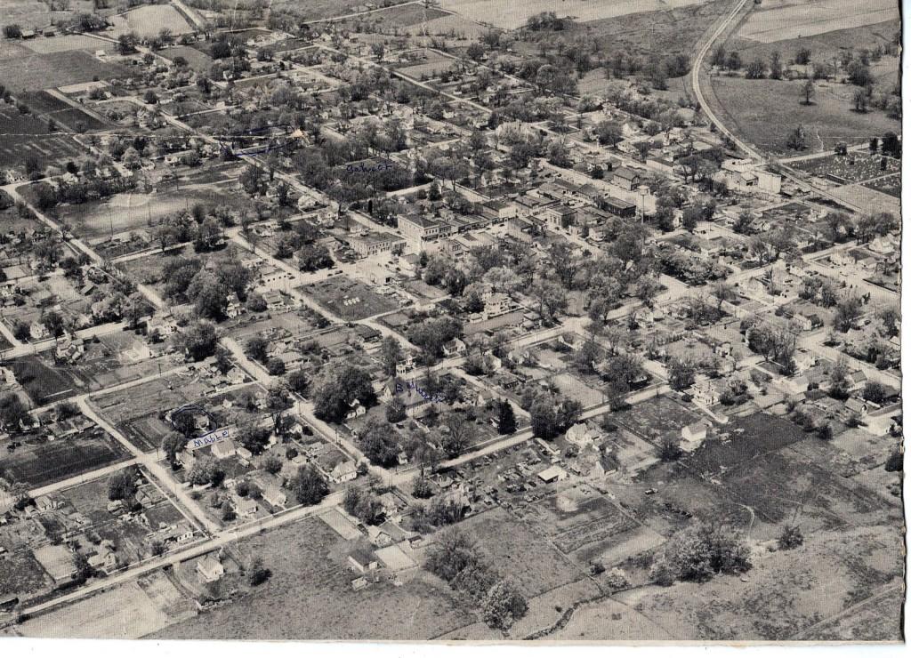 Blandinsville, IL - aerial view