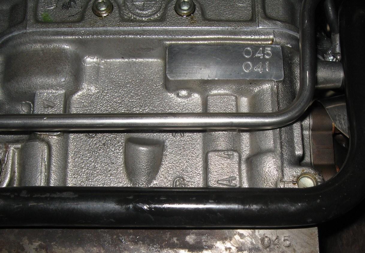 エンジン製作No.  041:3.2L → 045:3.3L
