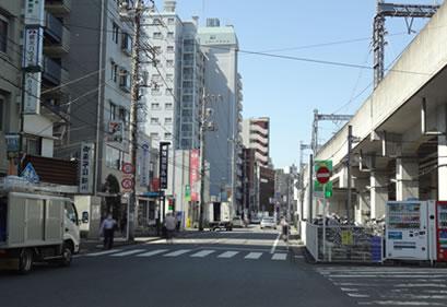 小田急線路沿い登戸付近