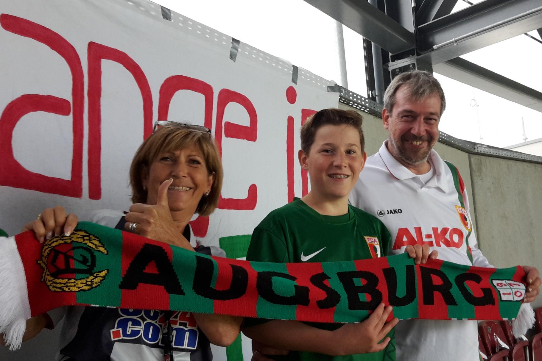change in - Einladung des FC Augsburg mit Freikarten zu Heimspielen. Dankeschön und viel Erfolg! - Foto: Freiwilligen-Zentrum Augsburg