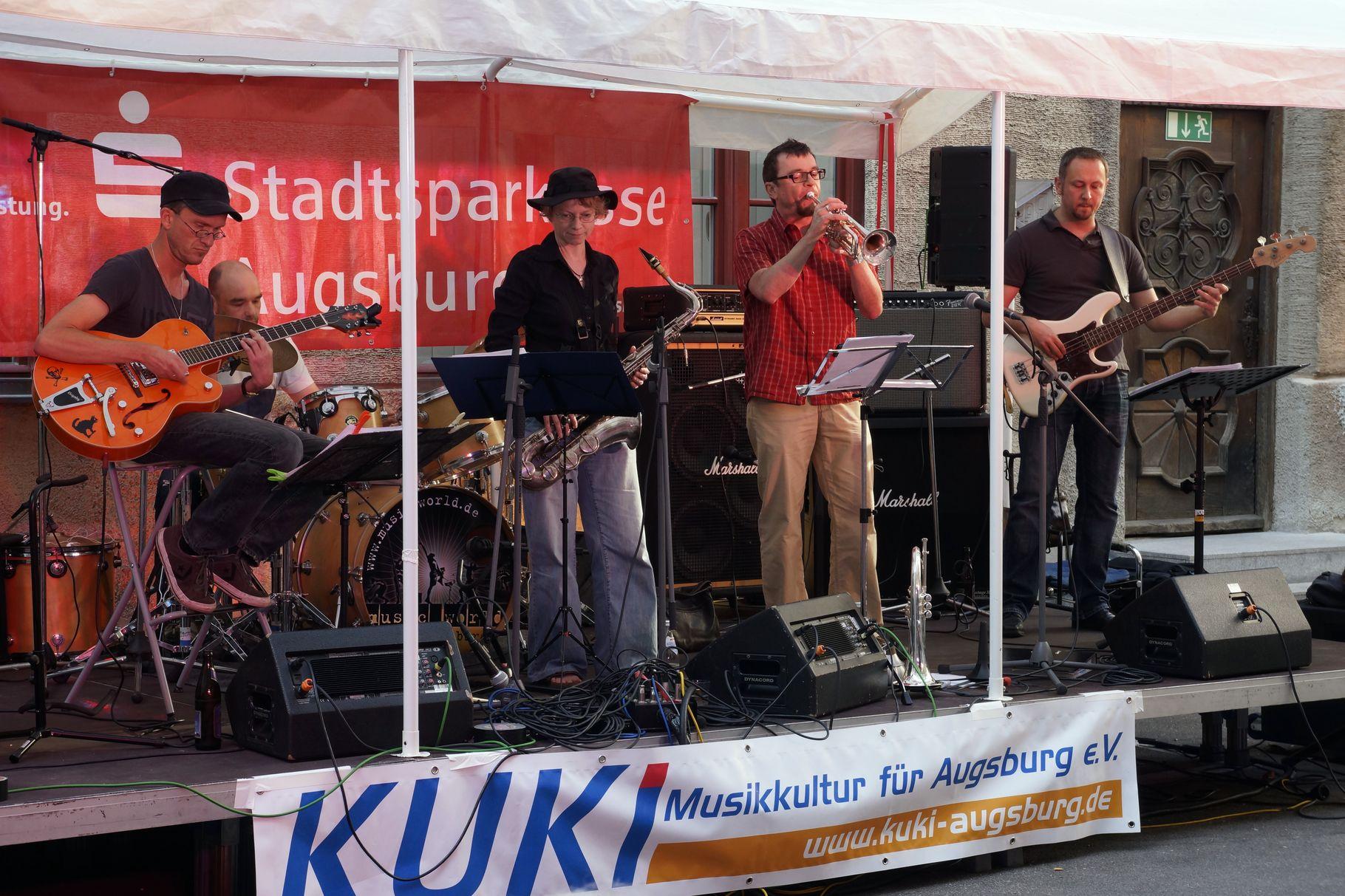 Konzerte im Bürgerhof 06.07.2013 Quintessence - Freiwilligen-Zentrum Augsburg - Foto: Crayfish