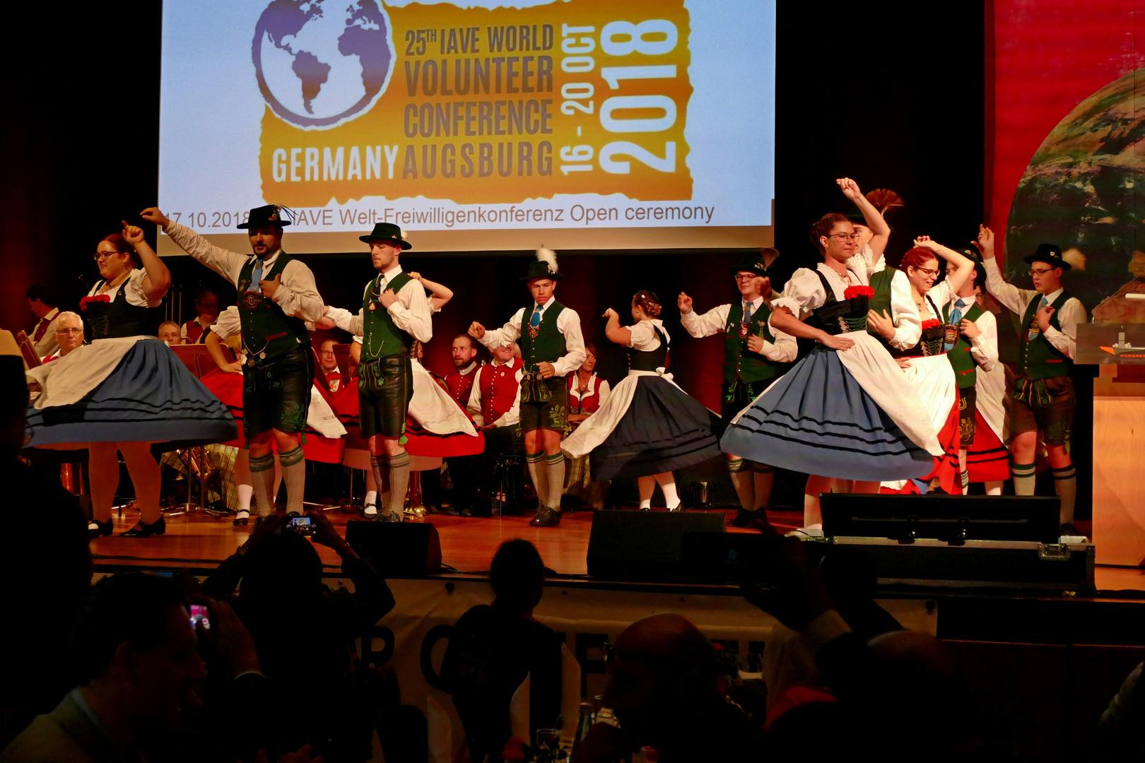 25. IAVE Welt-Freiwilligenkonferenz 2018 in Augsburg - Deutschland - 17.10.2018 Kongress am Park Galadinner - Foto: Christoph Urban - Freiwilligen-Zentrum Augsburg
