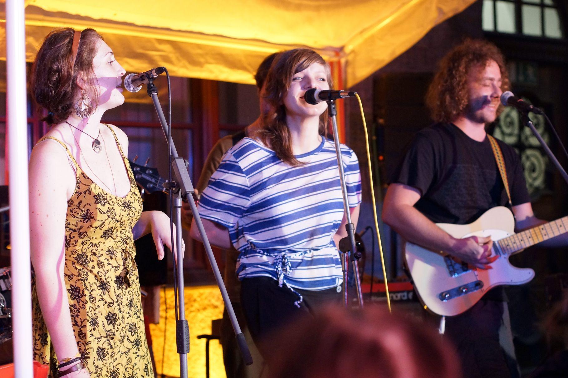 Konzerte im Bürgerhof 04.07.2013 Dublimation - Freiwilligen-Zentrum Augsburg - Foto: Crayfish