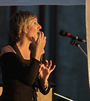 Konzerte im Bürgerhof 25.06.09 Operetten- und Broadwaymelodien - Freiwilligen-Zentrum Augsburg - Foto: Hugo Fössinger