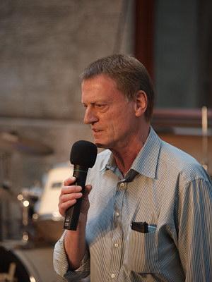 Konzerte im Bürgerhof 25.06.09 Volker Sommitsch, Annapam / Hempels - Freiwilligen-Zentrum Augsburg - Foto: Hugo Fössinger