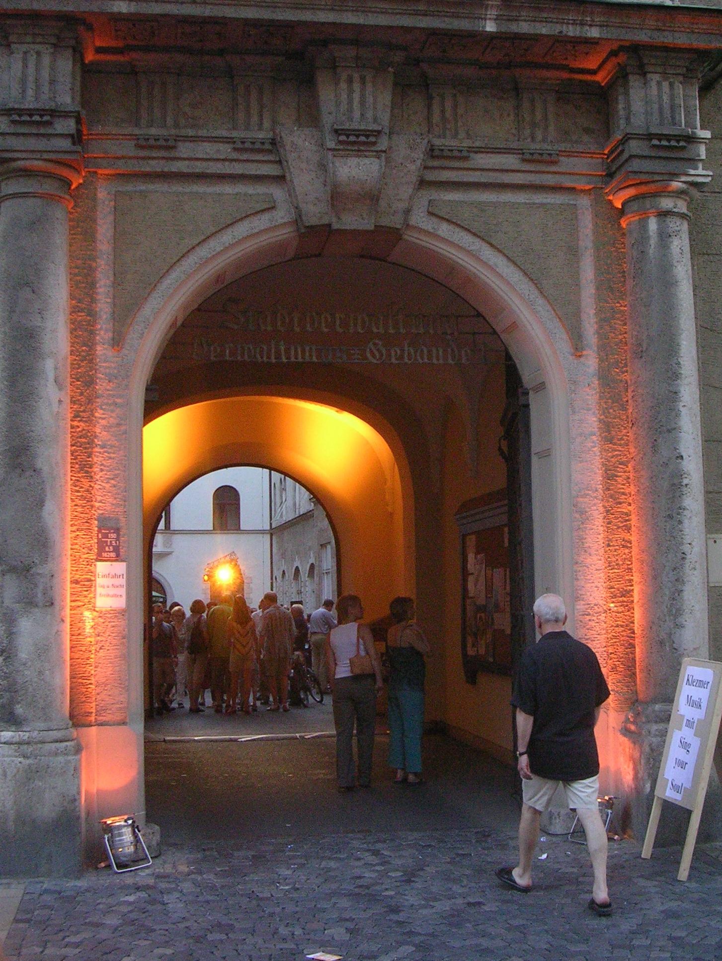 Konzerte im Bürgerhof 2005 - Freiwilligen-Zentrum Augsburg - Foto: Wolfgang F. Lightmaster