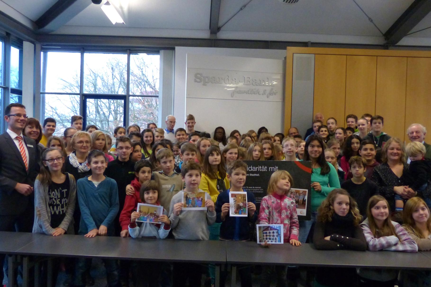Start der Schülereinsätze im Forum der Sparda-Bank Augsburg - Foto: Christina Bleier - Freiwilligen-Zentrum Augsburg