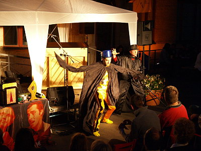 """Konzerte im Bürgerhof 25.06.09 """"Cleo und Patra"""" Detlef Winterberg / Fabio Esposito - Freiwilligen-Zentrum Augsburg - Foto: Hugo Fössinger"""