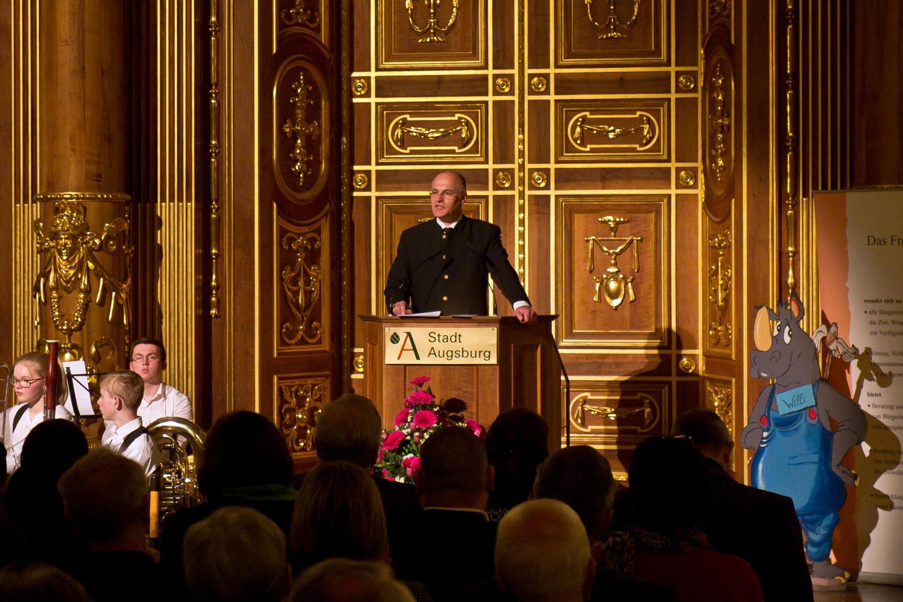 Dr. Kurt Gribl, Oberbürgermeister - Festakt 20 Jahre Freiwilligen-Zentrum Augsburg - 24.03.2017 im Goldenen Saal Rathaus Augsburg - Foto: Robert Hösle