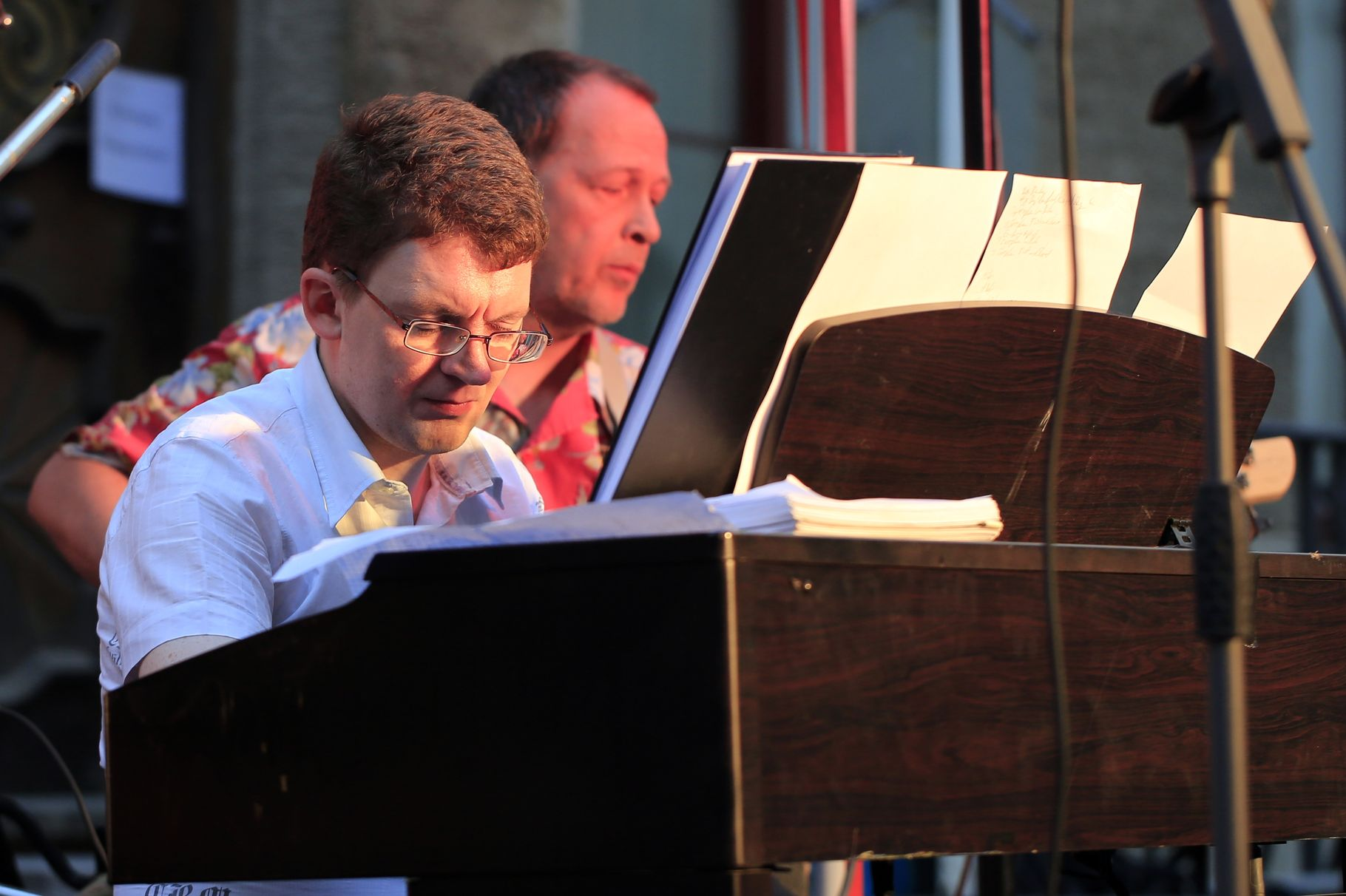 Konzerte im Bürgerhof 26.06.14 Neruda-Musiker - Freiwilligen-Zentrum Augsburg - Foto: Franz Lechner