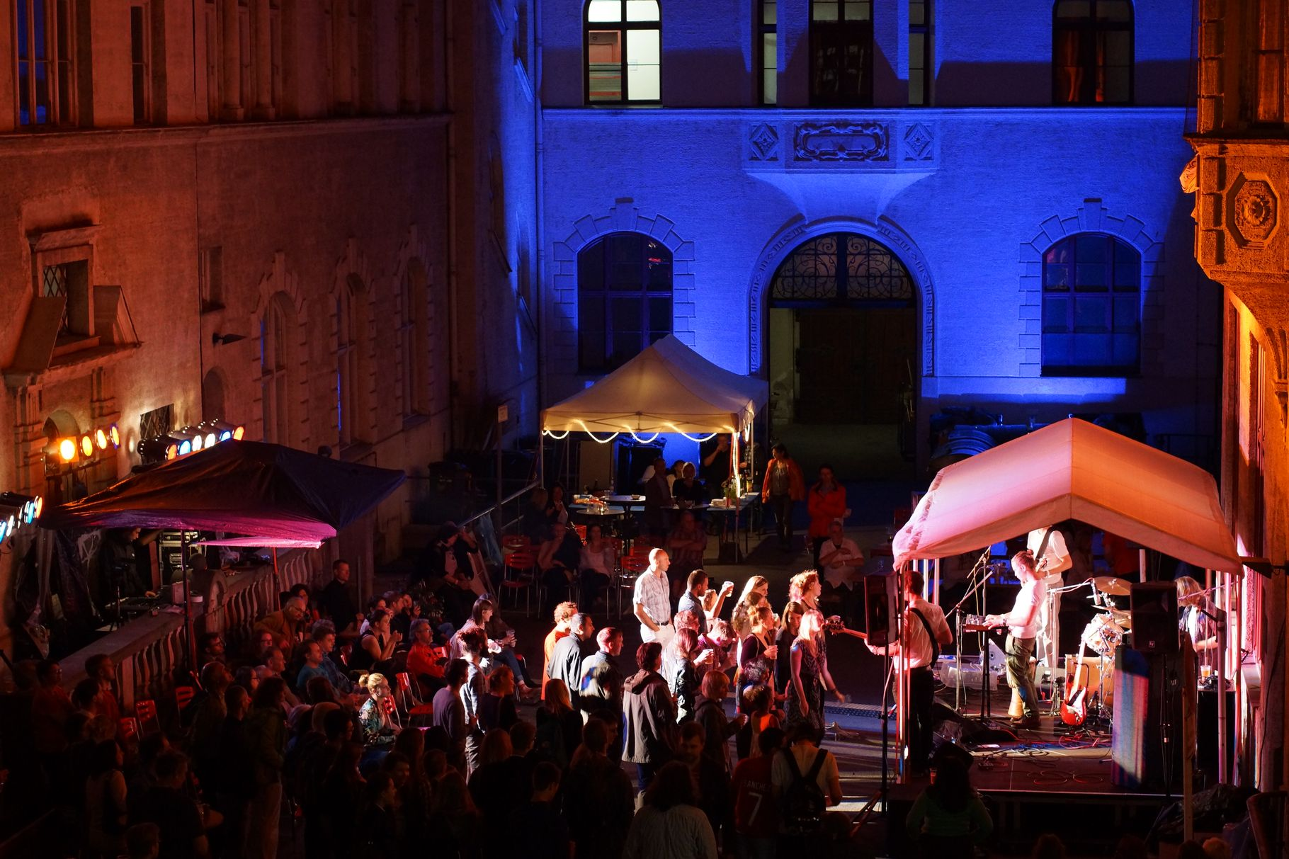 Konzerte im Bürgerhof 28.06.14 - Freiwilligen-Zentrum Augsburg - Foto: Crayfish