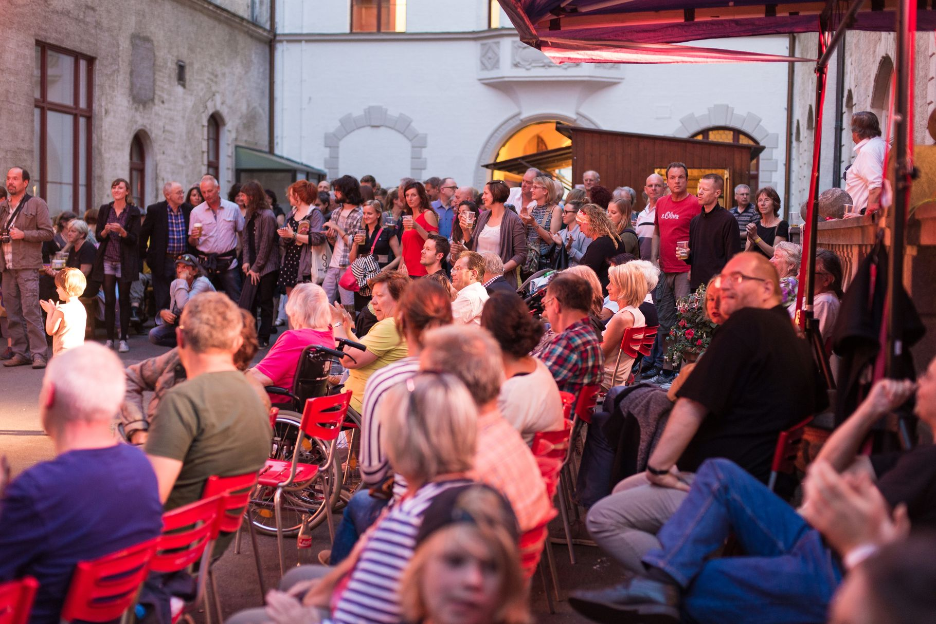 Konzerte im Bürgerhof 27.06.14 - Freiwilligen-Zentrum Augsburg - Foto: Martin Schönberger