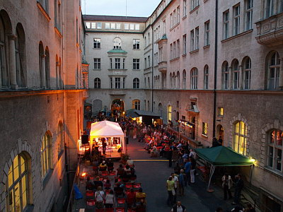 Konzerte im Bürgerhof 26.06.09 - Freiwilligen-Zentrum Augsburg - Foto: Hugo Fössinger