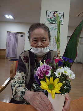 【デイ】春のフラワーアレンジメント