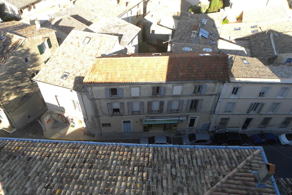 Vue du clocher sur Eyguières