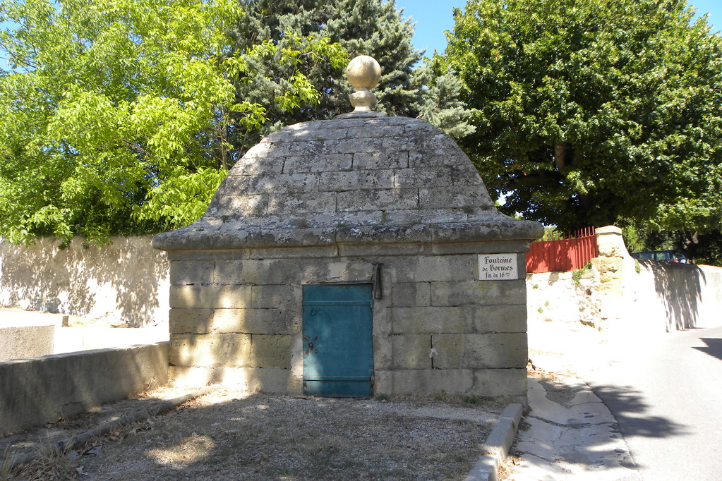 Fontaine des Bormes Eyguières