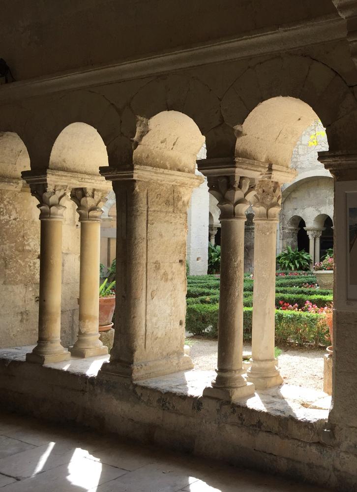 Monastère  St Paul-de-Mausole BA Sculpture artiste