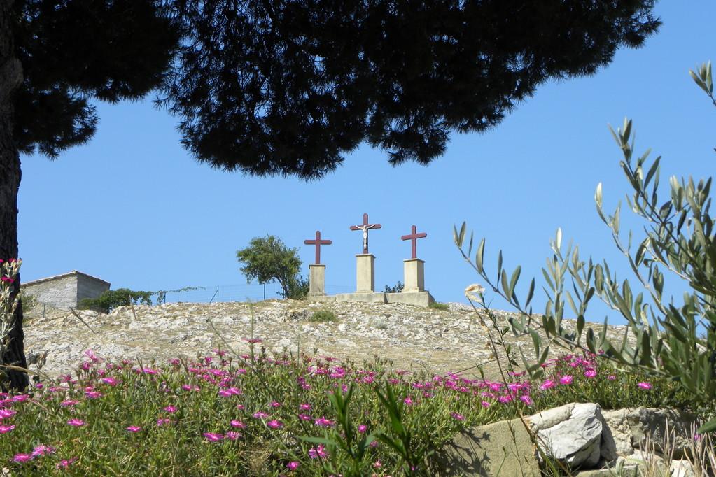 Les trois croix du Calvaire