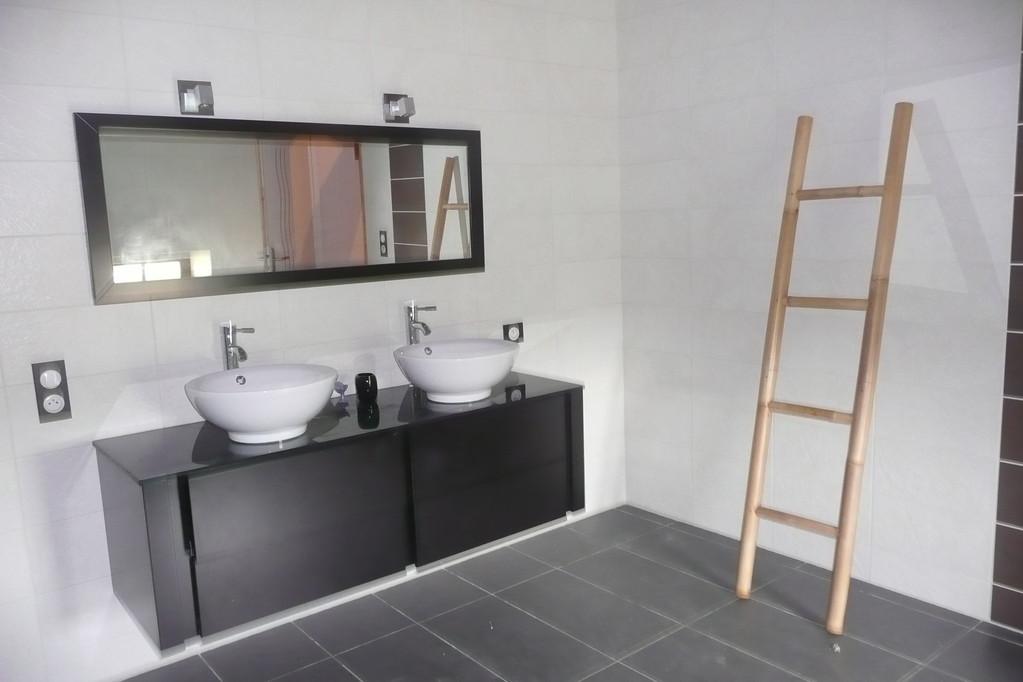 Deuxième étage: salle de bain