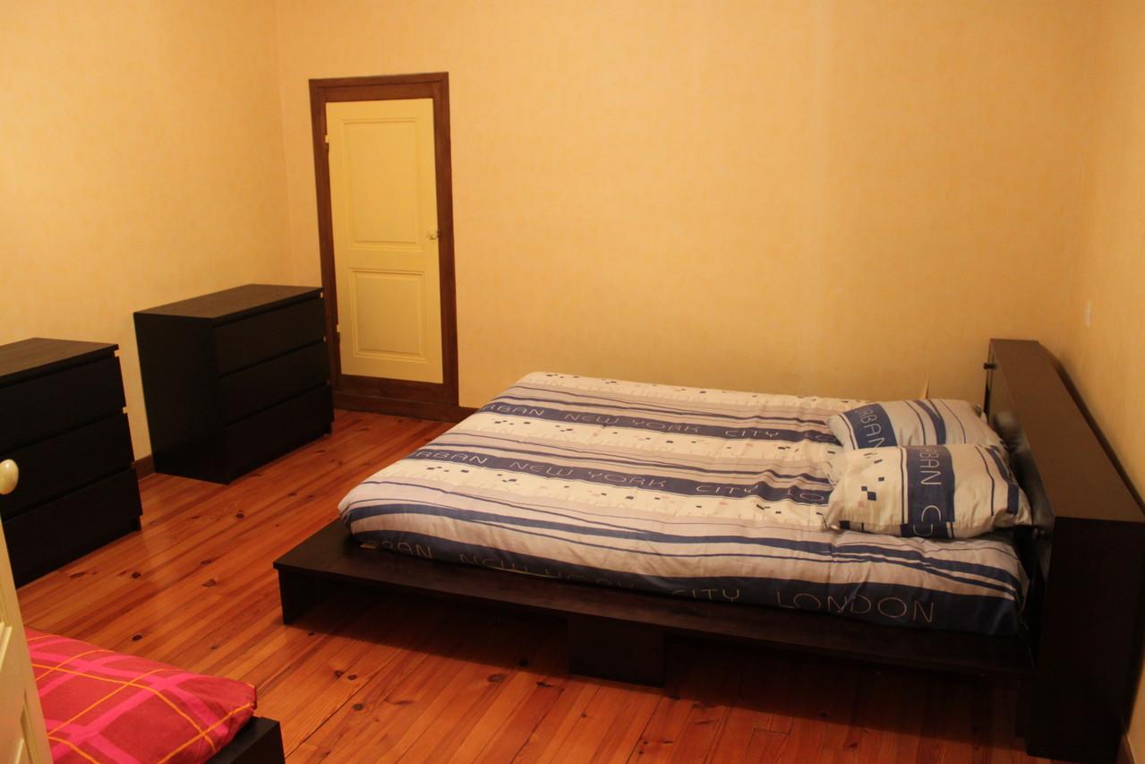 Premier étage: chambre 1 ( 1 lit160 & 1lit 90)