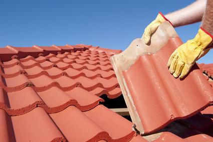 Dachziegel ausbessern